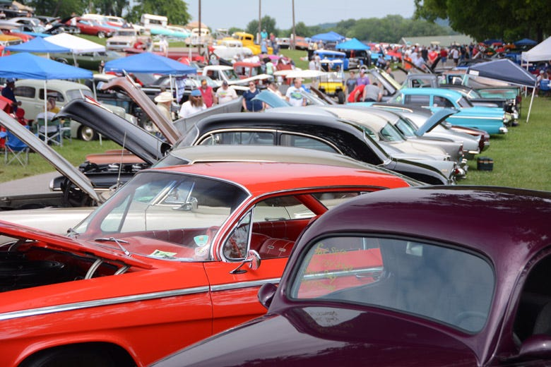 Hot Rods, Customs & Gassers at the Holley National Hot Rod Reunion