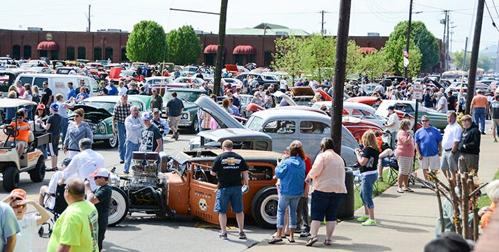 When We Started The Chattanooga Cruise In Back 2017 It Was A Great Opportunity To Open Our Doors And Show Local Car Folks Cool Stuff Around