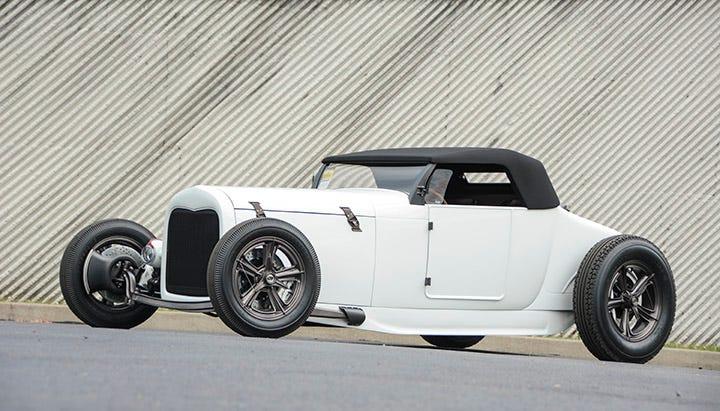 Firestone Deluxe Champion blackwall tires
