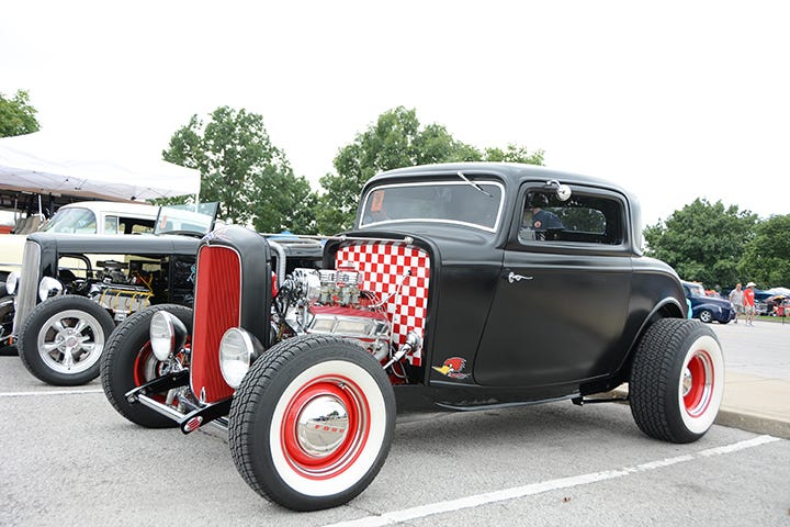 11 Awesome Deuces from the Street Rod Nationals