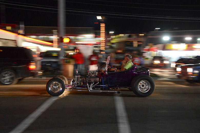Cruising the Strip at the Shades of the Past Hot Rod Roundup