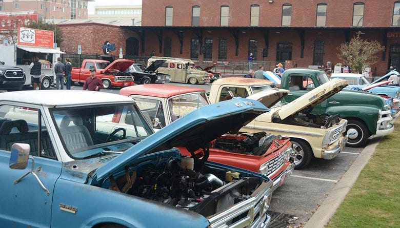 Chattanooga Cruise In Toy Drive