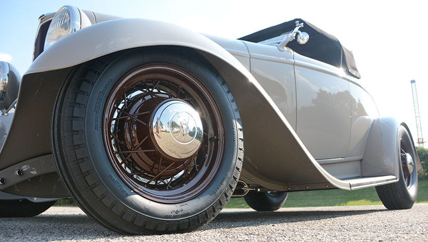 1932 Ford Roadster on Firestone Dirt Track Tires