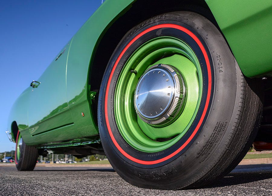 1969 Plymouth Hemi Road Runner Tires and Wheels