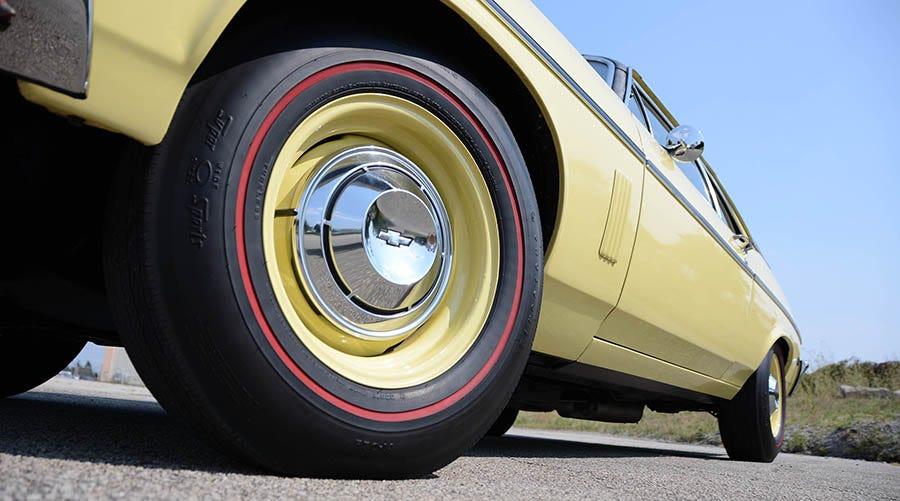 Chevrolet Nova redline tires